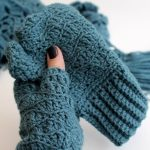 skinny crochet scarf and matching mits