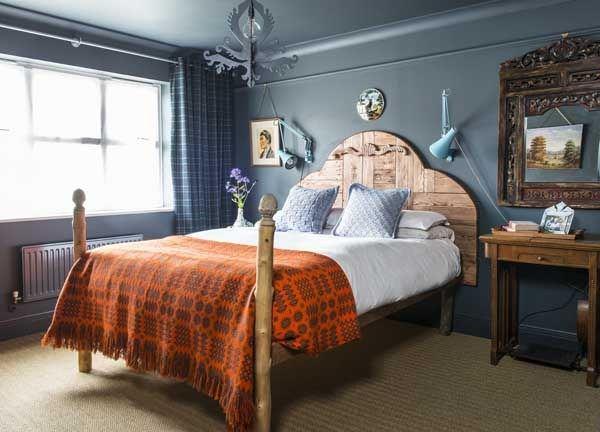 vintage anglepoise bedroom