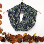 Autumn crochet cowl