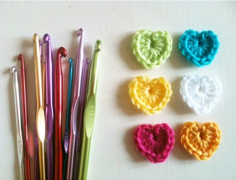 crochet hearts and hooks