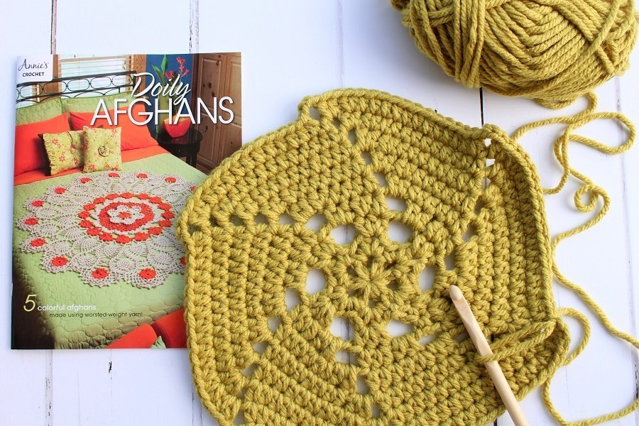 Doily Afghans new crochet book review