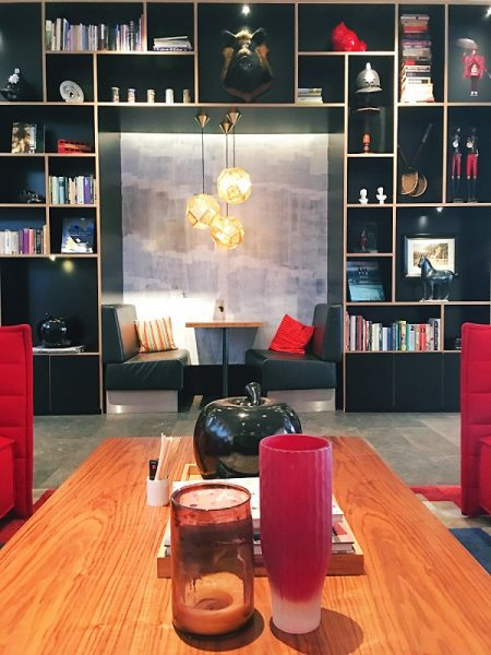lobby CitizenM Hotel tower hill london
