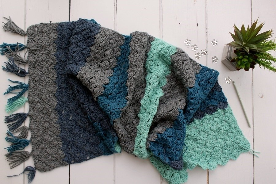 Luma yarn the fibre company spring wrap