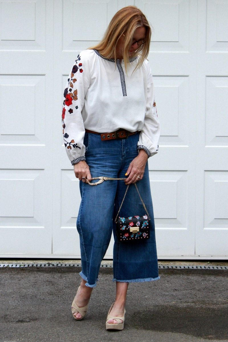 Cropped Jeans styled 3 ways.