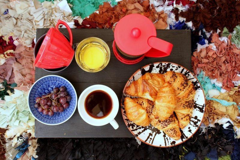 Patio picnic, summer holiday fun ideas.