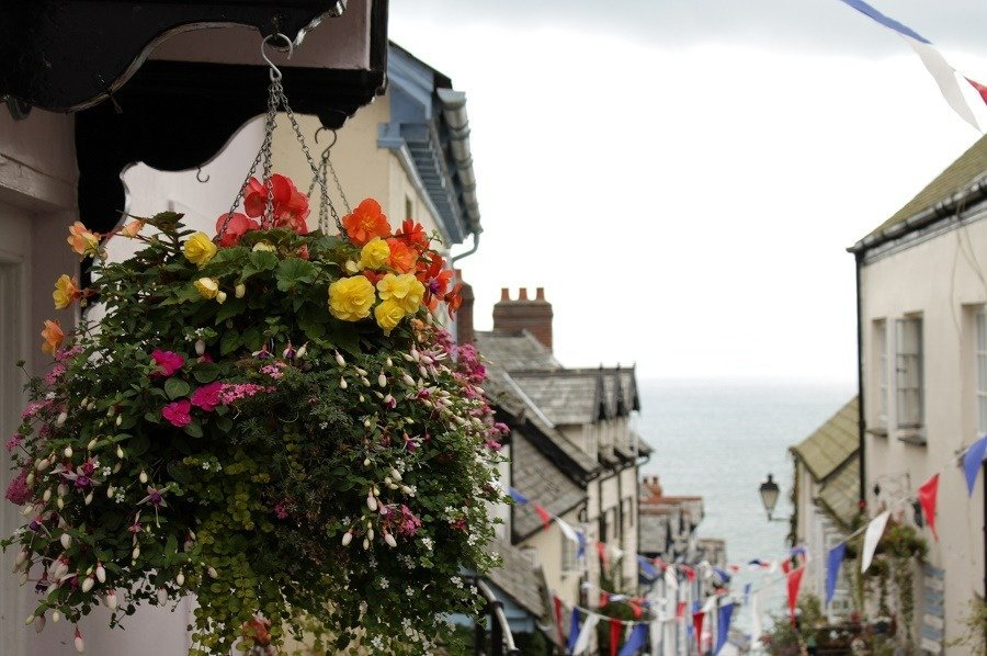 Devon Clovelly Staycation say Hello Wave Goodbye!