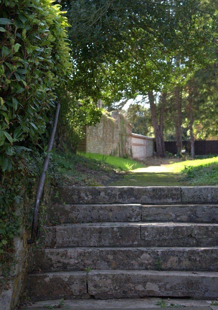 churchyard steps dorset