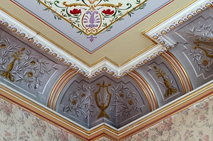 image of old painted ceiling