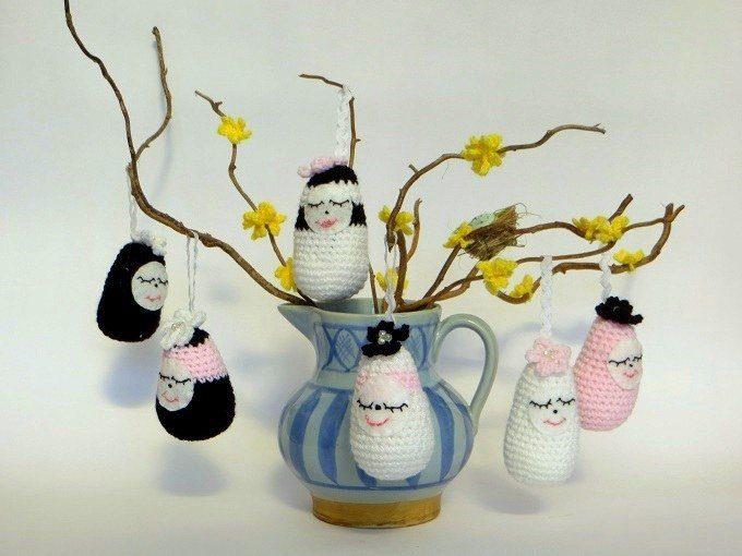 crochet easter tree decoration