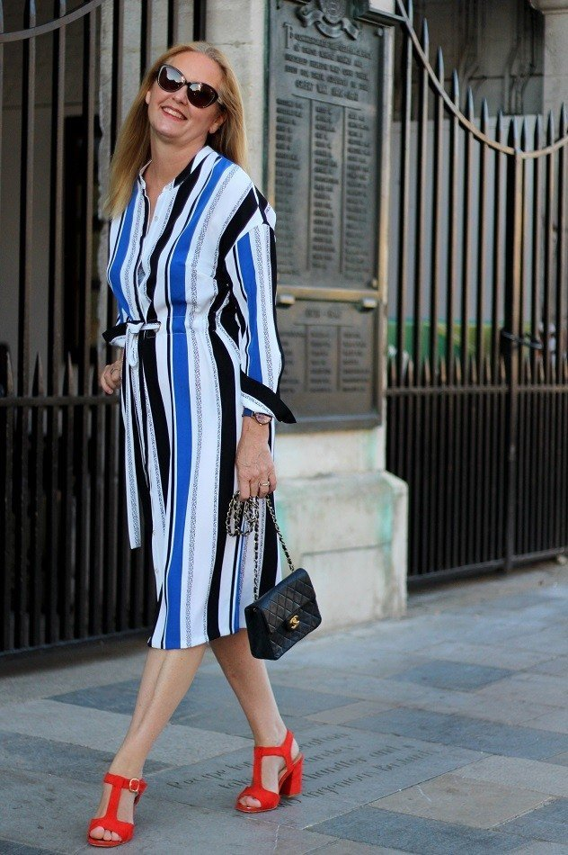 Easy Summer Stripes For A Formal Lunch Date