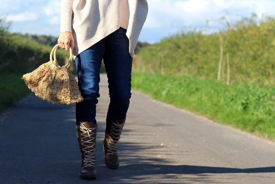 new Boots & Autumn Knitwear