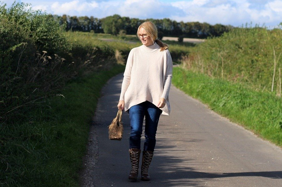 new Boots & Autumn Knitwear