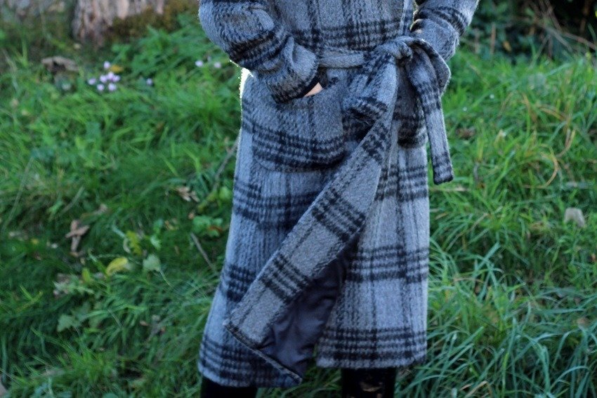 Autumn Crushing Check Wrap Coats