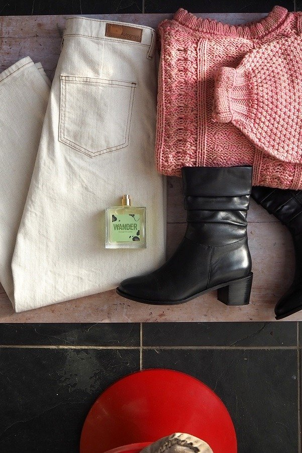 jeans on floor 6 Top Tips: How To Create A Fabulous Fashion Flat lay