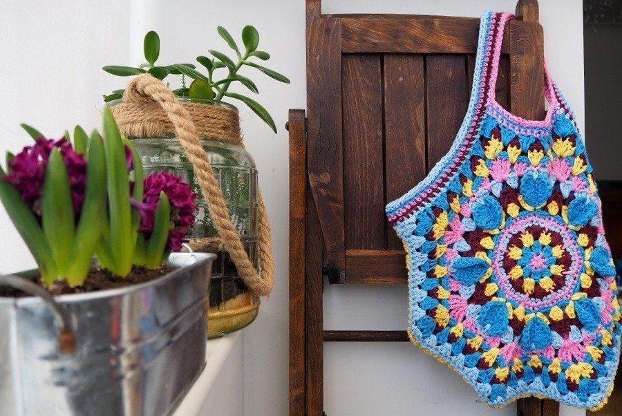 Katie Jones crochet bag by lazy daisy jones