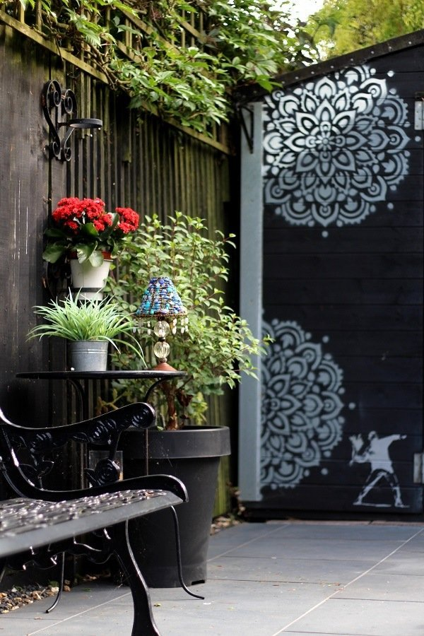 We Stenciled The Shed & The Garden table!