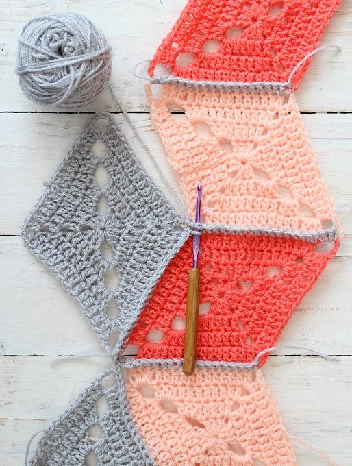 big top crochet blanket joining image