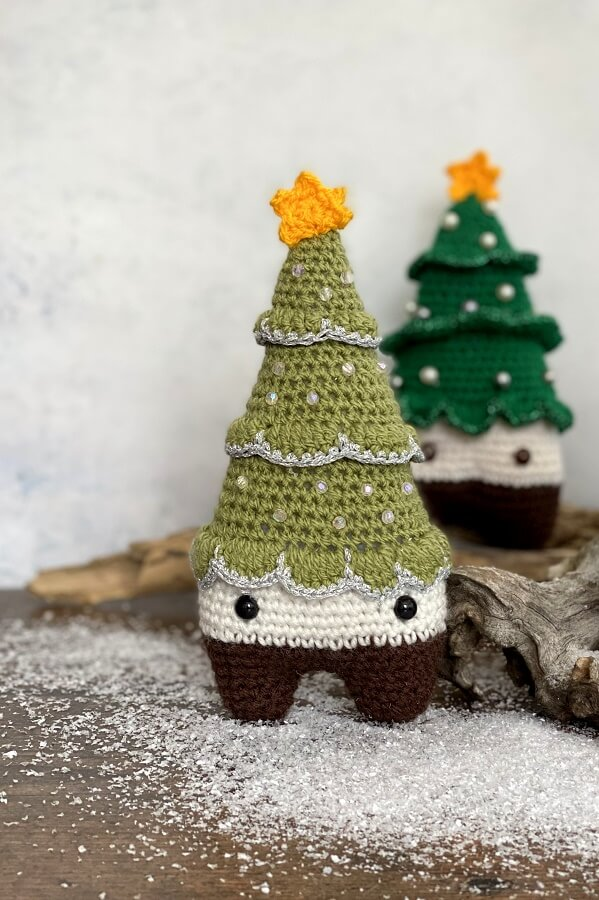my favourite christmas trees are crochet ones!