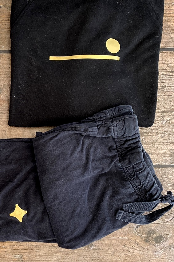 sugru humade gold patches repair and rewear your clothes