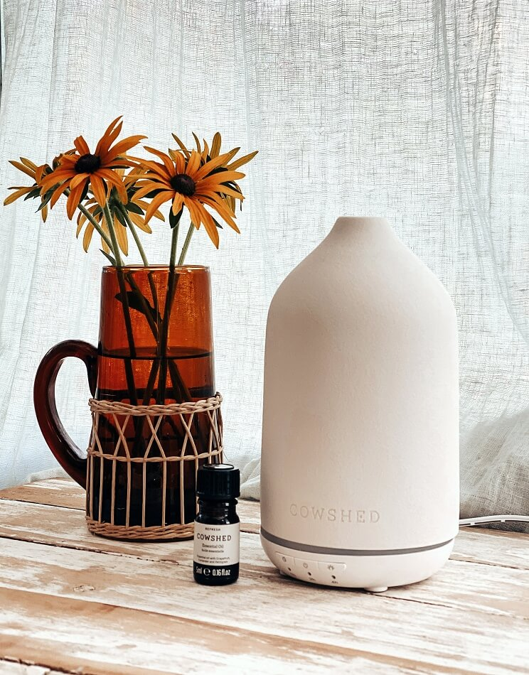 cowshed electric diffuser and refresh oil